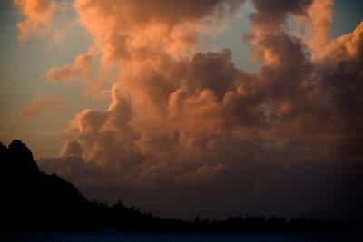 Specatcular Hanalei Bay Sunset in Kauai, Hawaii