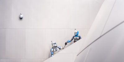 Bo-Katan & Rex Ascend Steps at Walt Disney Concert Hall