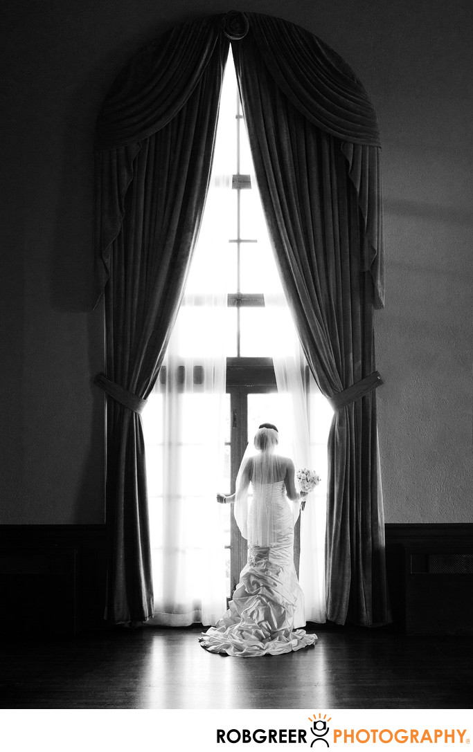 Bride Waiting at Ebell of Los Angeles