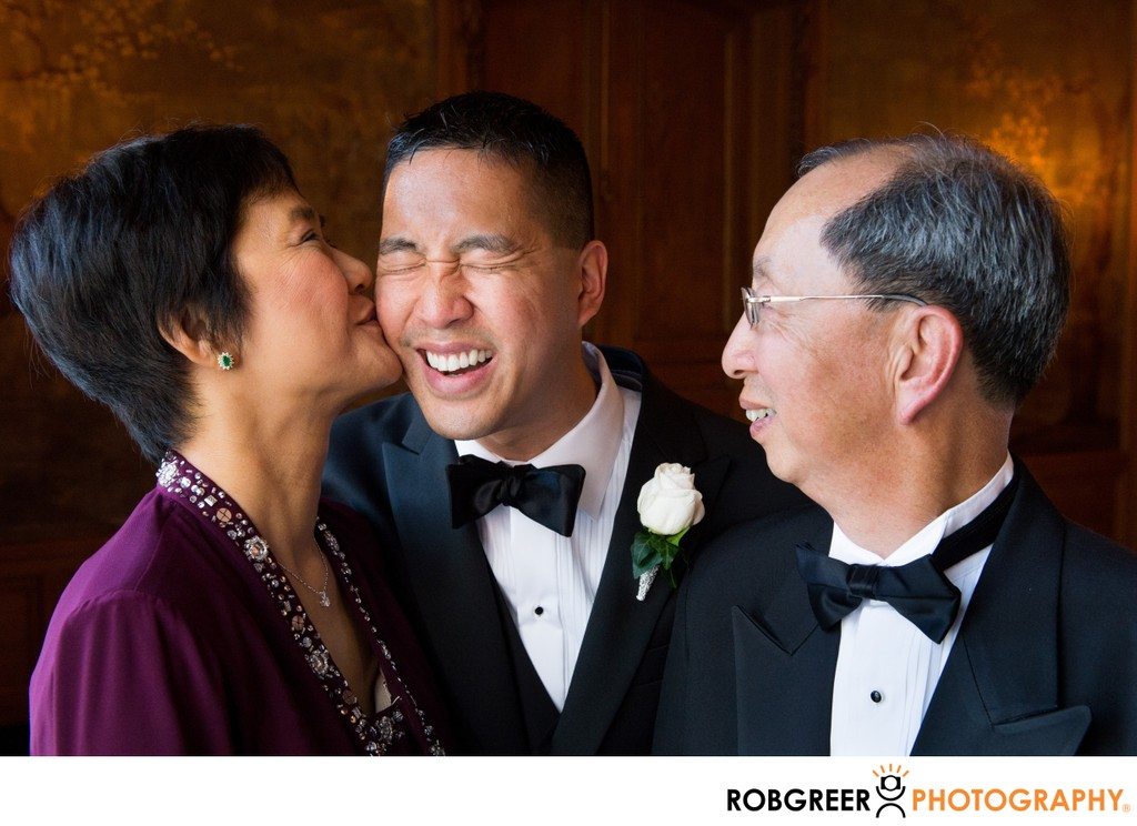 Groom's Parents Love: Kissing Mom