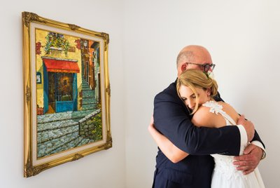 Hotel First Look: Father & Bride Hug