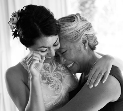 Getting Ready: Mother of the Bride & Bride